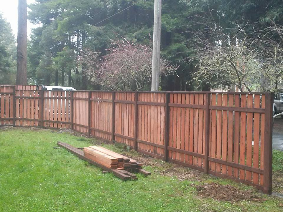 Redwood Fence CUSTOM REDWOOD FENCE